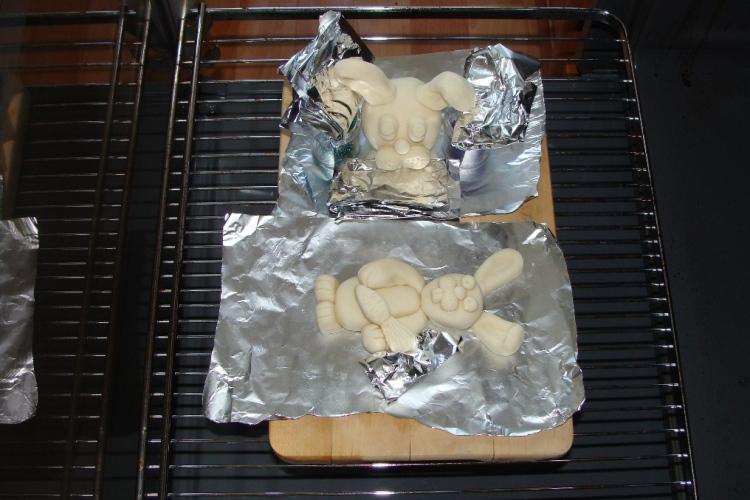 При какой температуре выпекать соленое тесто для поделок