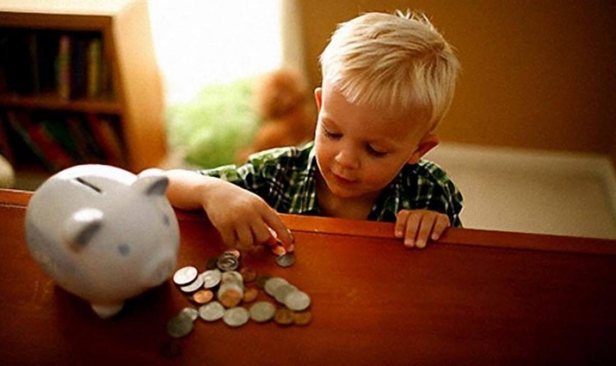 Какие выплаты положены после родов - подробно об актуальном
